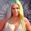 Kesha – Your Love Is My Drug