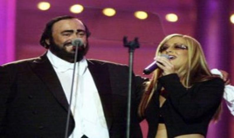 Anastacia & Pavarotti – I Ask Of You