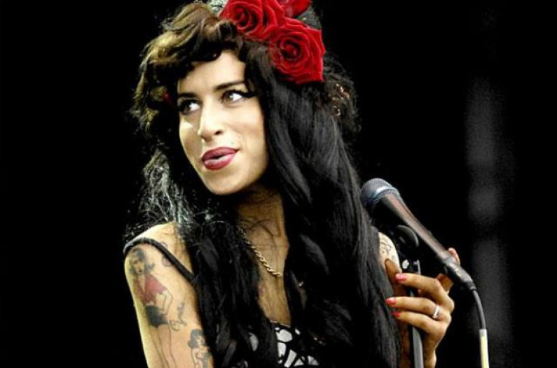 Amy Winehouse – Back To Black