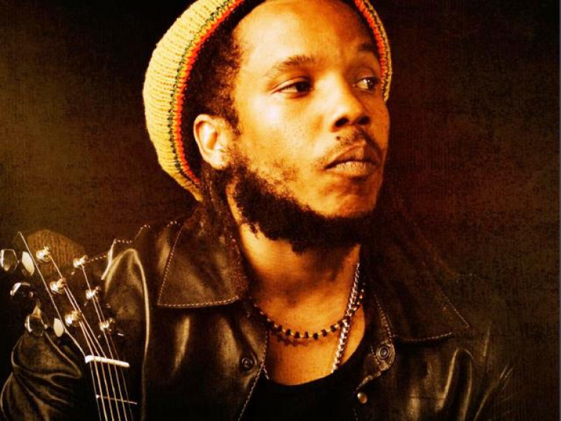 Stephen Marley ft. Capleton – Sunshine girl