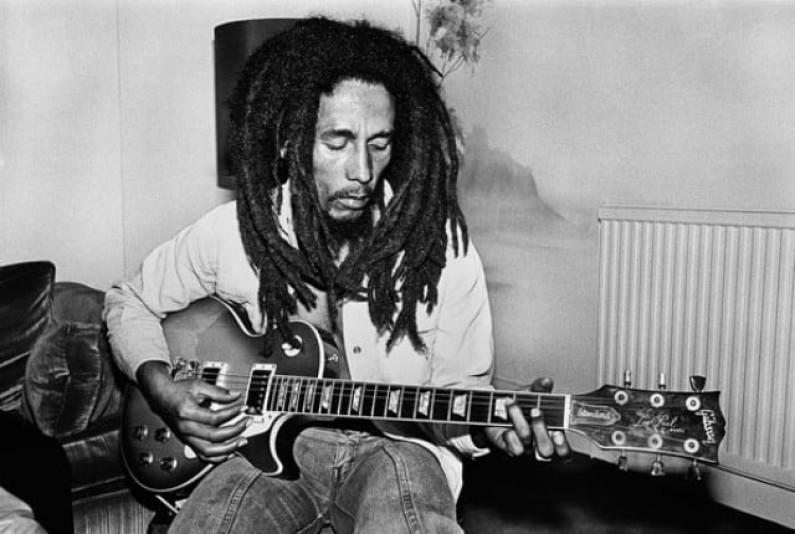 Bob Marley – One Love