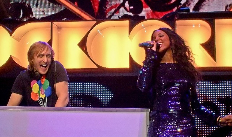 David Guetta & Kelly Rowland – When Love Takes over