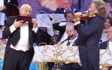 André Rieu & Gheorghe Zamfir – The Lonely Shepherd