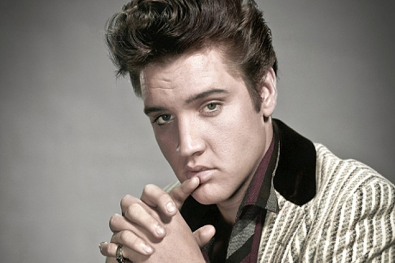 Elvis Presley – Bridge Over Troubled Water