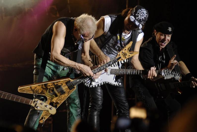Scorpions – Suspender Love