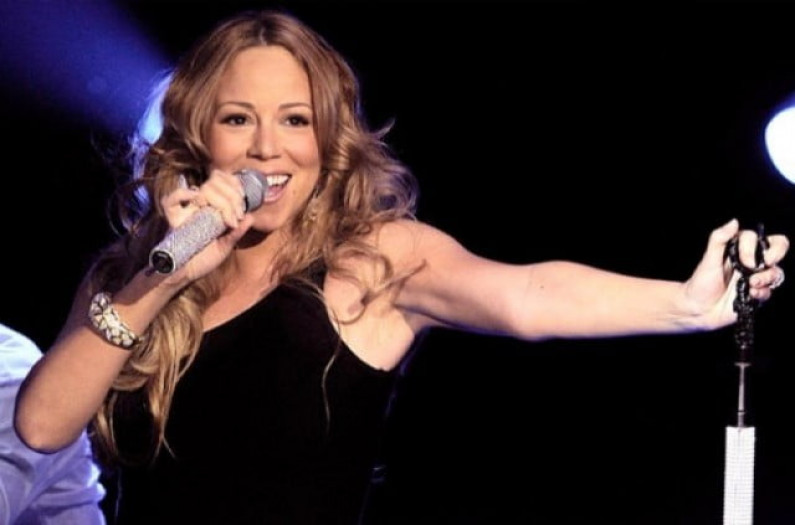 Mariah Carey – Touch My Body