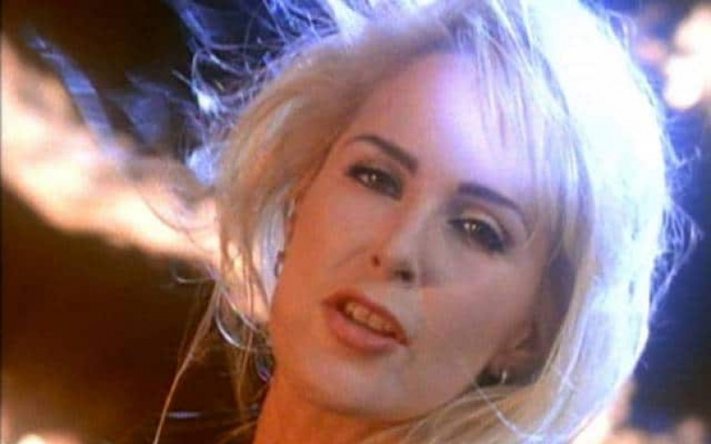 Lita Ford – Playin with Fire
