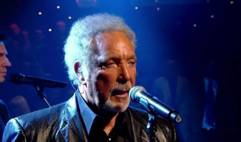 Tom Jones – Green Green Grass Of Home